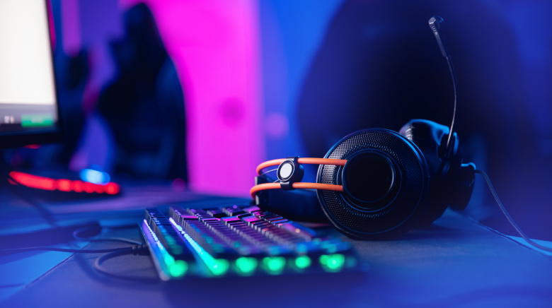 The Best Gamer Headsets to Buy | IndieWire